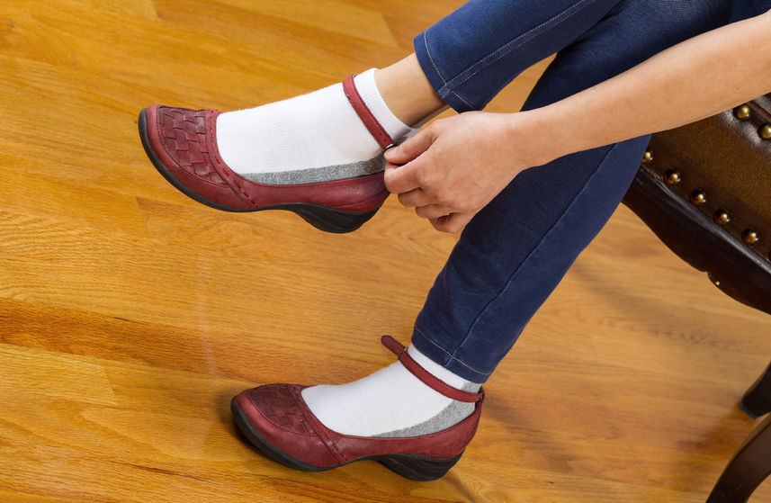 10 Methods to Break in New Shoes—The Worst to the ..