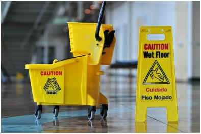 can-you-mop-lamiante-flooring