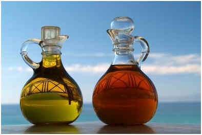 does-vinegar-work-for-age-spots