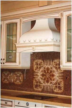 mosaic-glass-tiles-pattern-backsplash