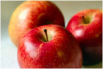 can-eating-apples-help-acne
