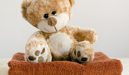 How to wash stuffed animals-step-3-towel-dry