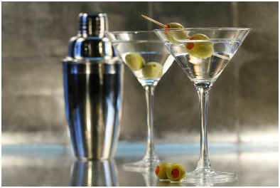 How to Make a Classic Vodka Martini