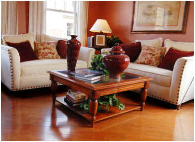 Can You Use Vinegar to Clean Hardwood Floors? l www.sophisticatededge.com
